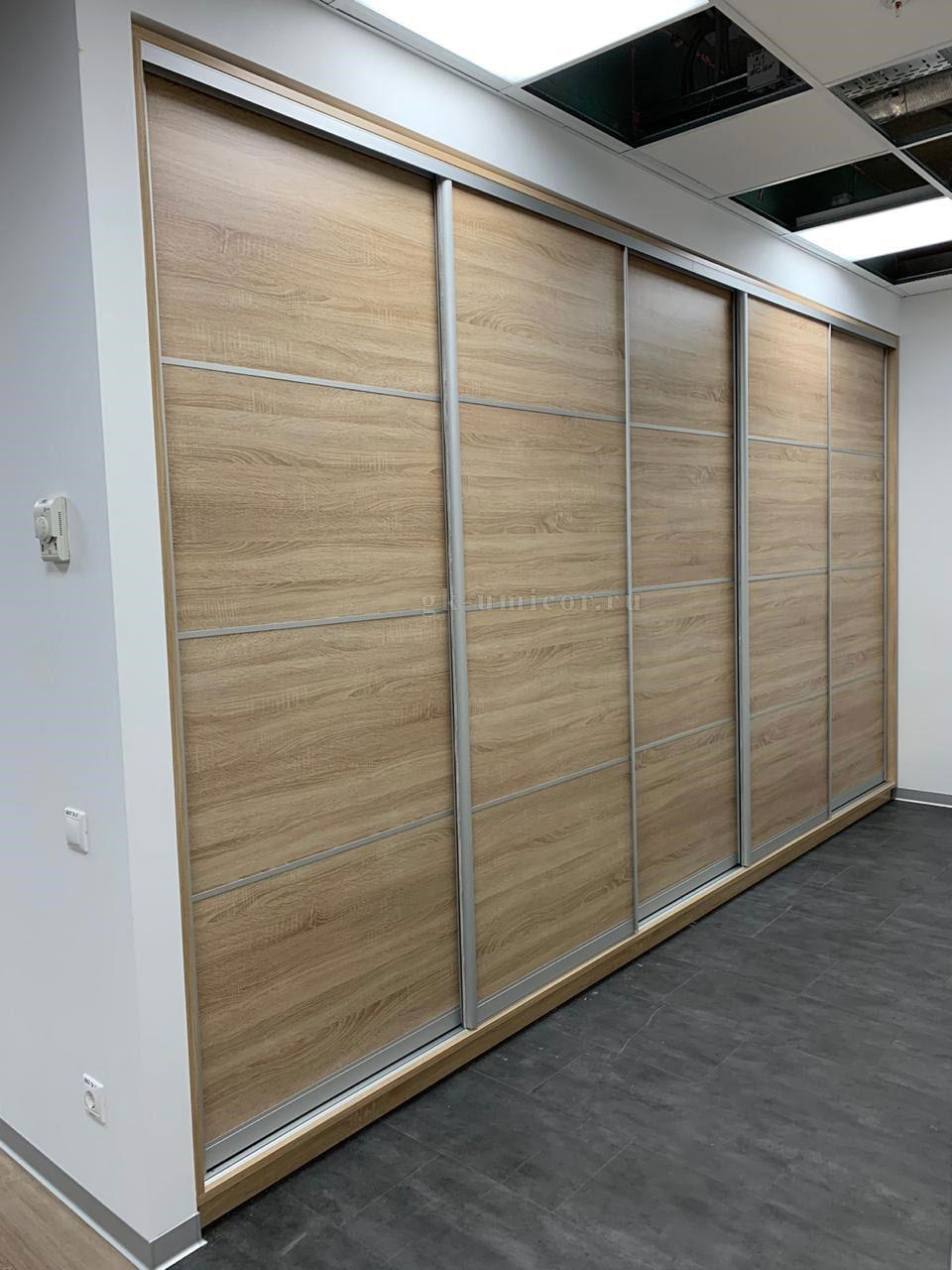 Как выбрать встроенный шкаф?